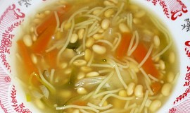 Sójová polévka s nudlemi