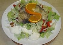 Žraločí steak s Italským kořením na salátu