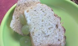 Kynutý mandlový chlebíček