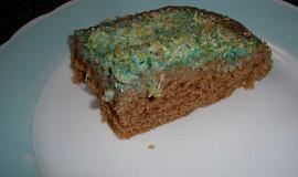 Buchta rafaelo s barevným kokosem