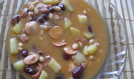 Fazolový gulášek