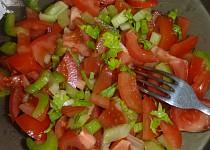 Rajčatovo řapíkatý salát