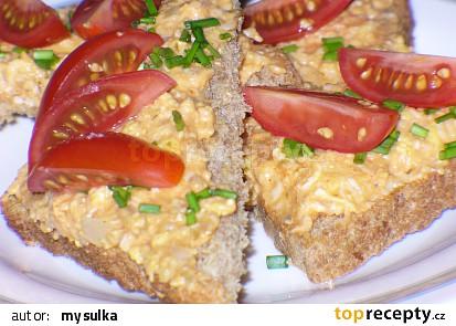 Sýrovo vaječná pomazánka na toasty