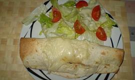 Tortilly plněné pikantní mletou směsí z hovězího masa