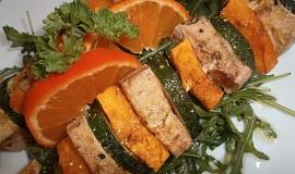 Špíz z cukety, dýně a tofu
