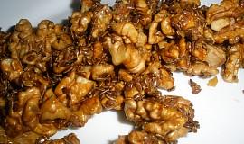 Karamelové oříšky v sezamu