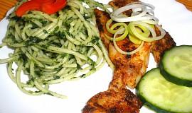 Pangass v koření se zelenými špagetami
