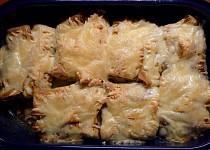 Mleté maso zapečené v omeletě se sýrem