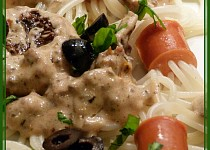 Špagetové vlasatice s přelivem
