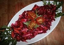Salát z červené řepy, mrkve a celeru