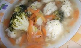 Zeleninová polévka s jáhlovými knedlíčky
