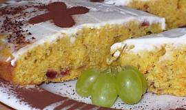 Mrkvový koláč se zakysankou