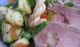 Plněná panenka korbáčky s restovanou zeleninou
