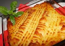 Chalupářské páje zapečené v bramborách a sýru