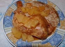 Kuřecí na šípkové marmeládě a s ananasem