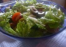 Římský salát se smetanovohořčičnou zálivkou