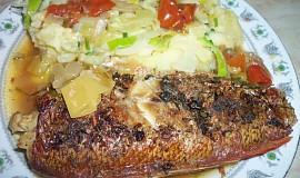 Moc dobrá pečená ryba-Okouník mořský