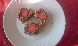 Ořechová roláda s marcipánem