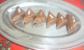 Nepečené ořechové trojhránky