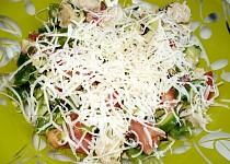 Zeleninový salát s bylinkami