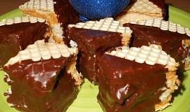 Kokosové kostky v  dortových oplatcích