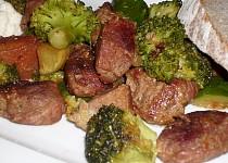 Vepřové plecko s brokolicí a cuketou