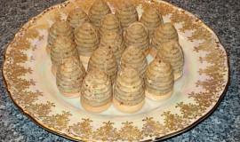 Ořechová vosí hnízda