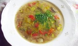 Papriková polévka s pohankou v kachním vývaru