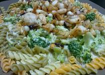Kalamáry v bešamelové omáčce s brokolicí