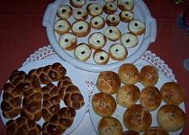 Banďoury, housky, koláče - těsto s droždím, ale bez kynutí
