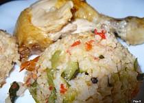 Pečené kuře na zeleninovo-rýžovém lůžku