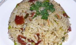 Rýže s pestem a sušenými rajčaty