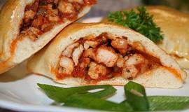 Empanadas s kuřecí či tuňákovou náplní