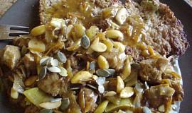 Sójová čína s mandlemi, pohankové placičky
