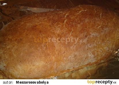 Domácí bramborový bílý chléb