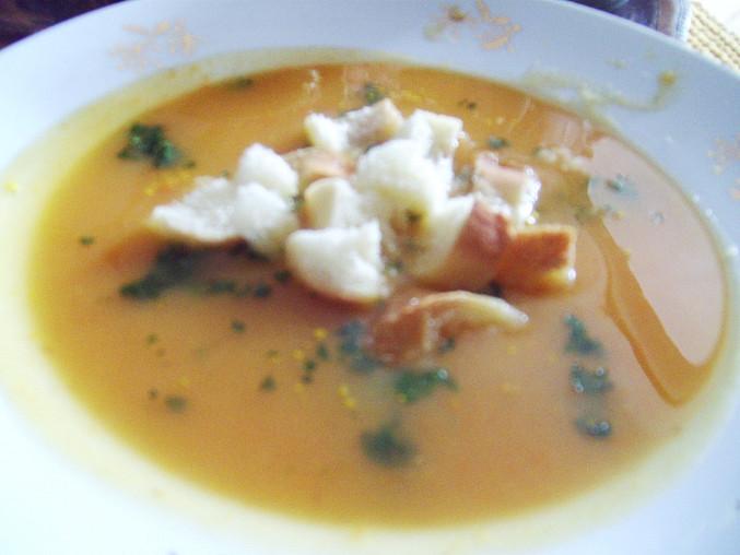 Jednoduchá polévka se zázvorem