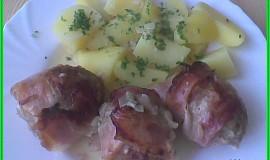 Masovo-celerové karbanátky s cibulí a slaninou