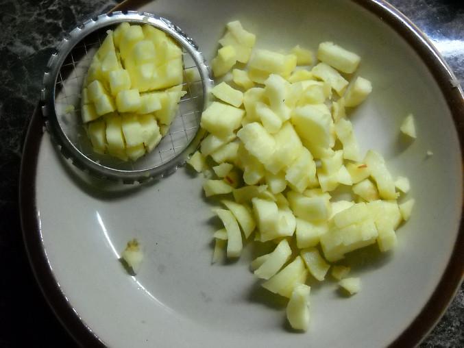 """Nejjednodušší """"krájení"""" jablek na kostičky"""