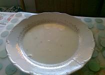 Polévka z čerstvé fazole s koprem