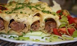 Cannelloni s voňavou masovou směsí a bešamelem