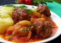 Masové kuličky na zelenině a bylinkách