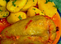 Plněné pečené papriky ve vlastní šťávě