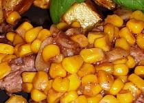 Vepřové plátky na česneku a kukuřici