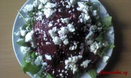 Salát z červené řepy se sýrem Feta