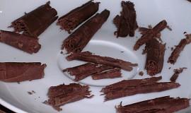 Čokoládové hobliny na dorty a zákusky