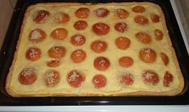 Meruňkový linecký koláč