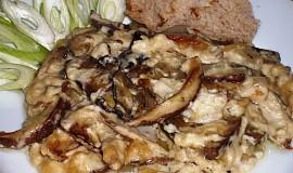Pečené lesní houby v hořčičném bešamelu