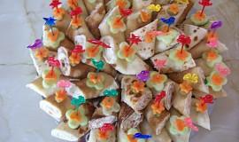 Slané palačinky s křenovo-česnekovou pomazánkou