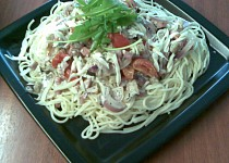 Špagety se smetanovou omáčkou