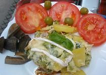 Brokolice s brambory,šunkou a sýry